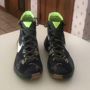 Nike Hyperdunk 2015 PRM Sneakers